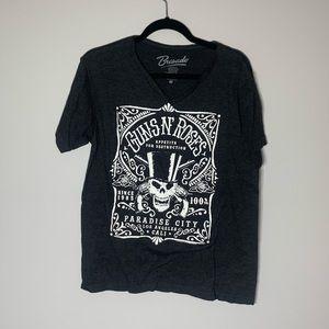 Bravado Guns and Roses V Neck T-shirt M
